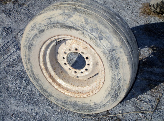 95R14 Flotation Tire with White Rim!