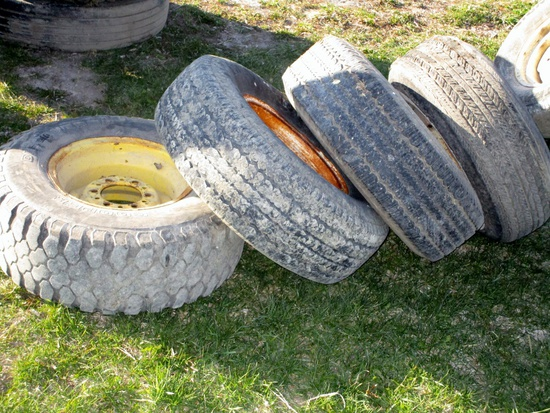 """Set of 4 - 15"""" Tires with Rims!"""