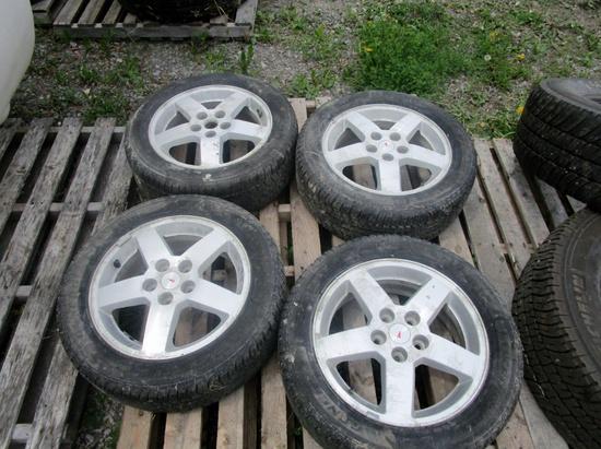 205-55R16 General Evertrek RTX Tires on Rims!
