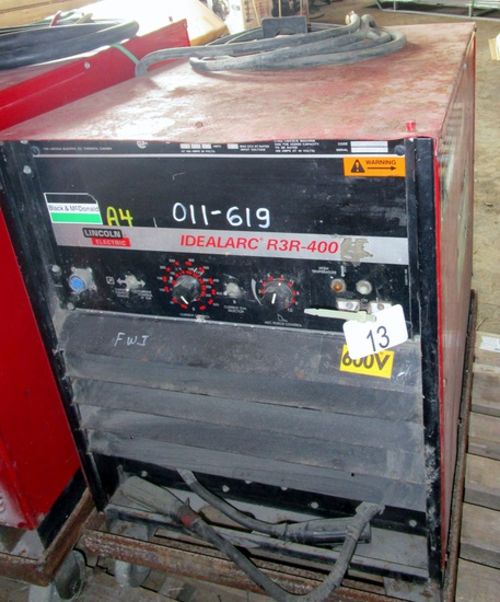 Lincoln Ideal Arc R3R 400 Welder!