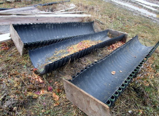 8' Plastic Feed Troughs!