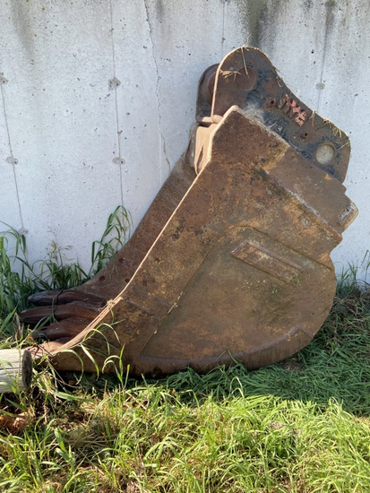 """Hendrix 30"""" Excavator Trenching Bucket!"""