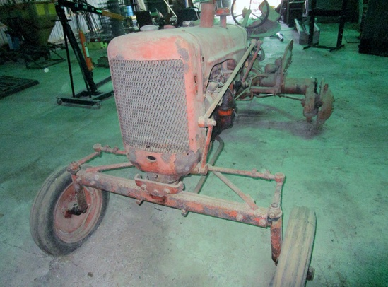 Allis Chalmers Model 'C' Tractor for Parts!