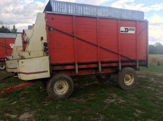 Dion 1016SE Forage Wagon!