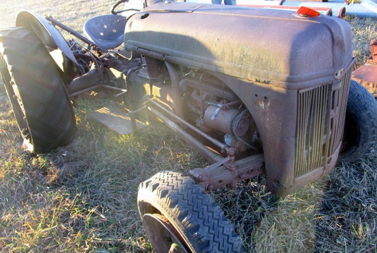 Ford Tractor, 'As Is'!