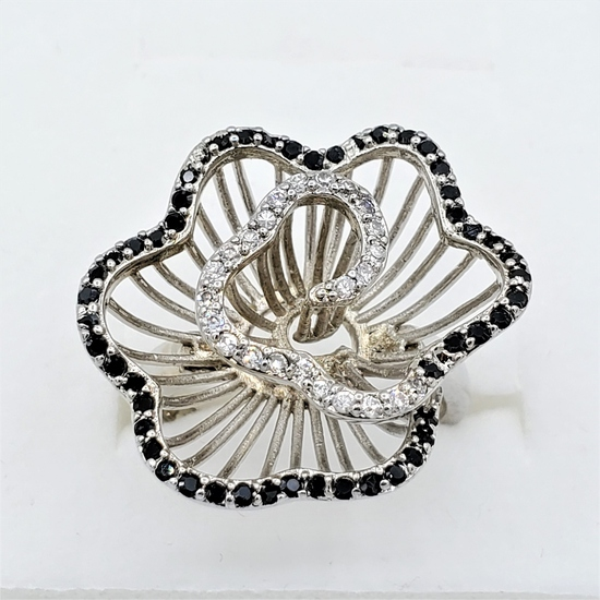 Sterling Silver Plated Cubic Zirconia Floral Ring - New!