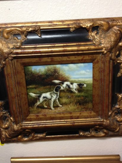 ART - 2 HUNTING DOGS IN FIELD - OIL ON BOARD / GRAND VICTORIAN FRAME - SIGNED RICHARDS (LOWER RIGHT)