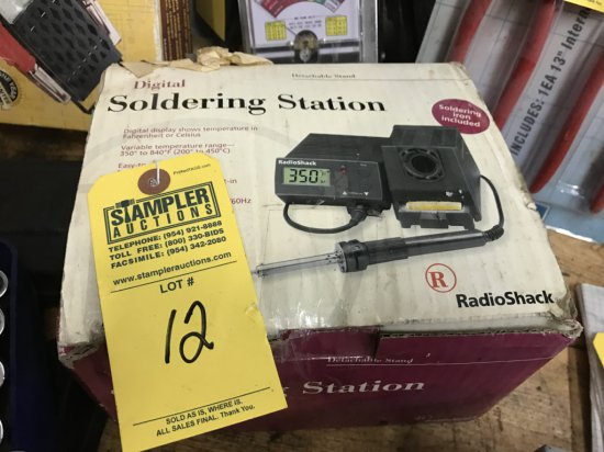 RADIO SHACK DIGITAL SOLDERING STATION (NEW IN BOX)