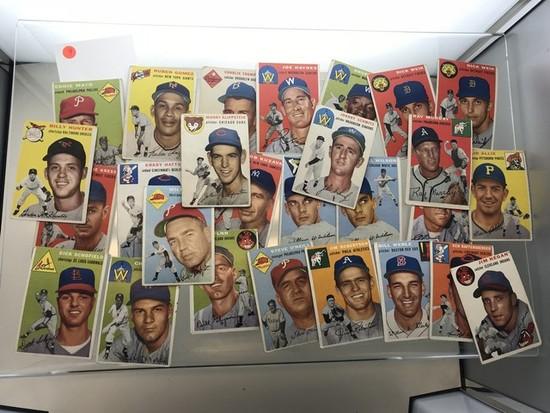 BASEBALL CARDS - 1954 TOPPS - COMMONS & SEMI-STARS - GRADE 1-3