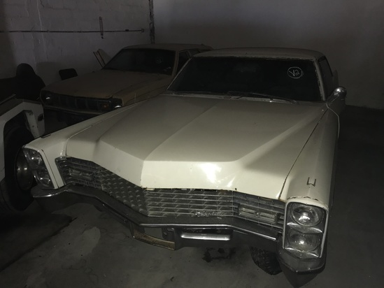 1967 CADILLAC B7 - B7250067 - WHITE - ODOMETER READS 21,471 MILES (ENGINE PARTIALLY DISASSEMBLED) (L