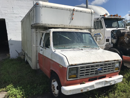 1989 FORD - 1FDKE37M7KHA68784 - WHITE - ODOMETER READS 98,940 MILES (NO TITLE) (LOCATED IN NORTH MIA