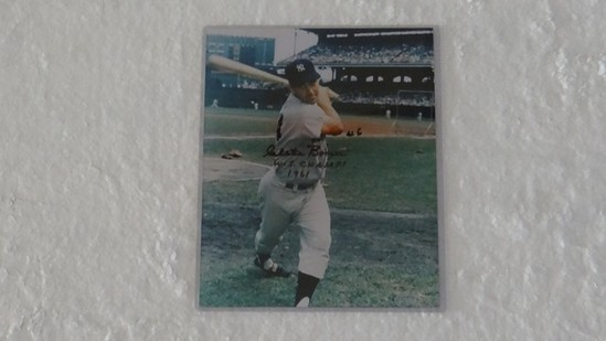 AUTOGRAPHED PHOTO - CLETE BOYER ''WORLD SERIES CHAMPS 1961''