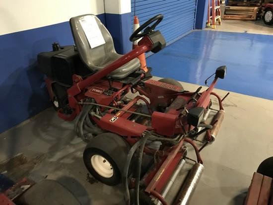 TORO GREENSMASTER 3100 MOWER WITH VANGUARD 18HP ENGINE - SERIAL No. 04356-200000231 - 2468.8 HOURS