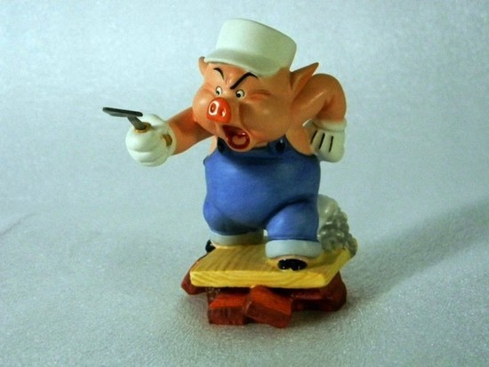 WALT DISNEY COLLECTIBLE - PRACTICAL PIG