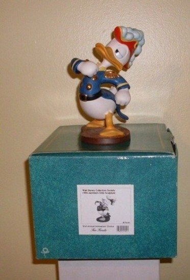 WALT DISNEY COLLECTIBLE - SEA SCOUT (1994 MEMBERS ONLY SCULPTURE)