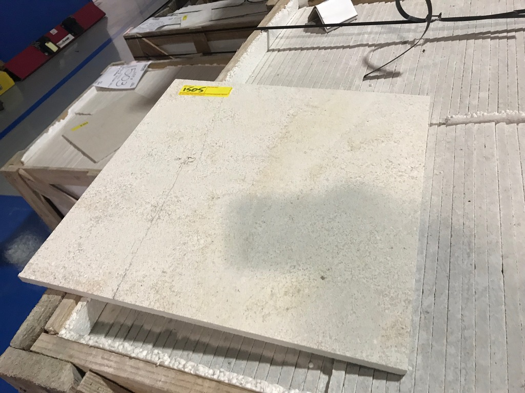 SQ.FT. - HONED CROSS CUT MARBLE - 16'' x 16'' x 7/16'' - 144 PIECES / 256.32 SQ.FT. (CRATE #28)