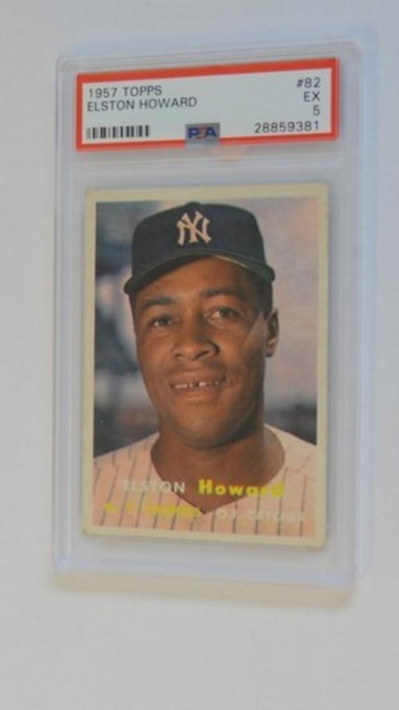 BASEBALL CARD - 1957 TOPPS #82 - ELSTON HOWARD - PSA GRADE 5