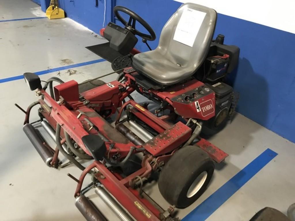 TORO GREENSMASTER 3100 MOWER WITH VANGUARD 18HP ENGINE - SERIAL No. 04356-90000229 - 2366.5 HOURS