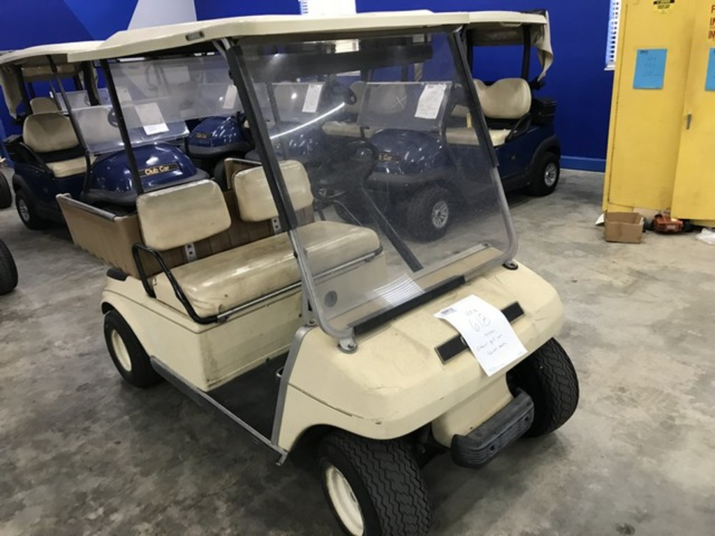 CLUB CAR 36V ELECTRIC GOLF CART - TAN