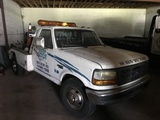 1995 FORD F-350 XL SUPER DUTY TOW TRUCK - 1FDKF37F7SNA64220 - WHITE - ODOMETER READS 206,589 MILES -