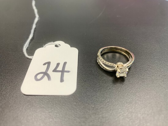 DIAMOND RING - 14K WHITE GOLD SETTING - SOLITAIRE (.40+/- CT) - 27 STONES (.30+/- CT TW)