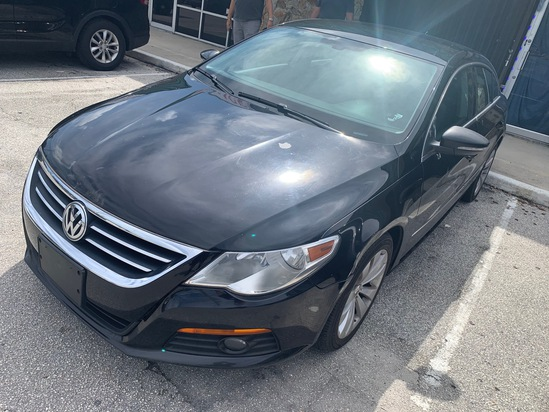 2010 VW CC LUXURY - WVWML7AN9AE507799 - BLACK - APPROXIMATELY 140,000 MILES ON ODOMETER (LOCATED IN