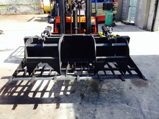 77'' DUAL GRAPPLE WITH HOSES - NEW