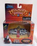 Jesse James Monster Garage Wedding On Wheels 1:64 Diecast ERTL Muscle Machines Vehicle