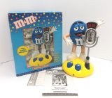 M & M Motion Activated Animated Radio