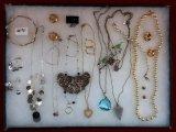 Necklace, Earring, & Bracelet Lot