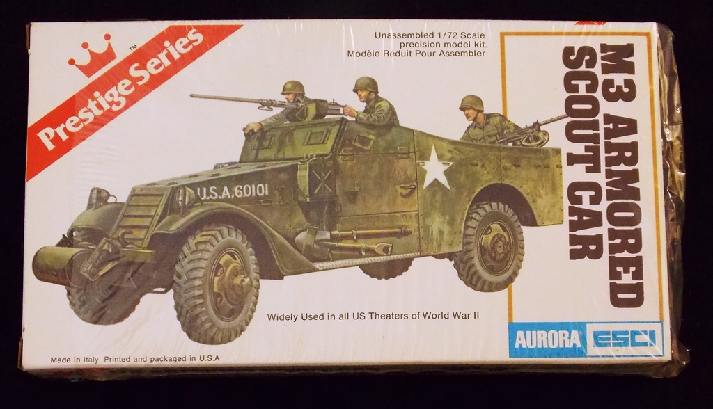 Aurora ESCI - 1/72 Scale M3 Armoured Scout Car Military Vehicle Model Kit