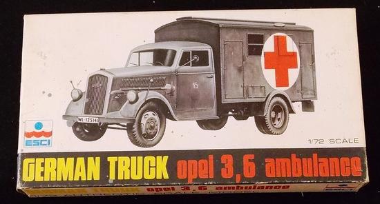 ESCI 1/72 Scale German Truck Opel 3,6 Ambulance  Military Vehicle Model Kit