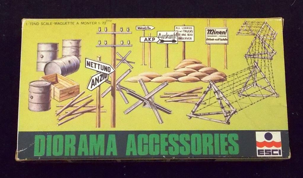 ESCI 1/72 Scale WWII Diorama Accessories Model Kit