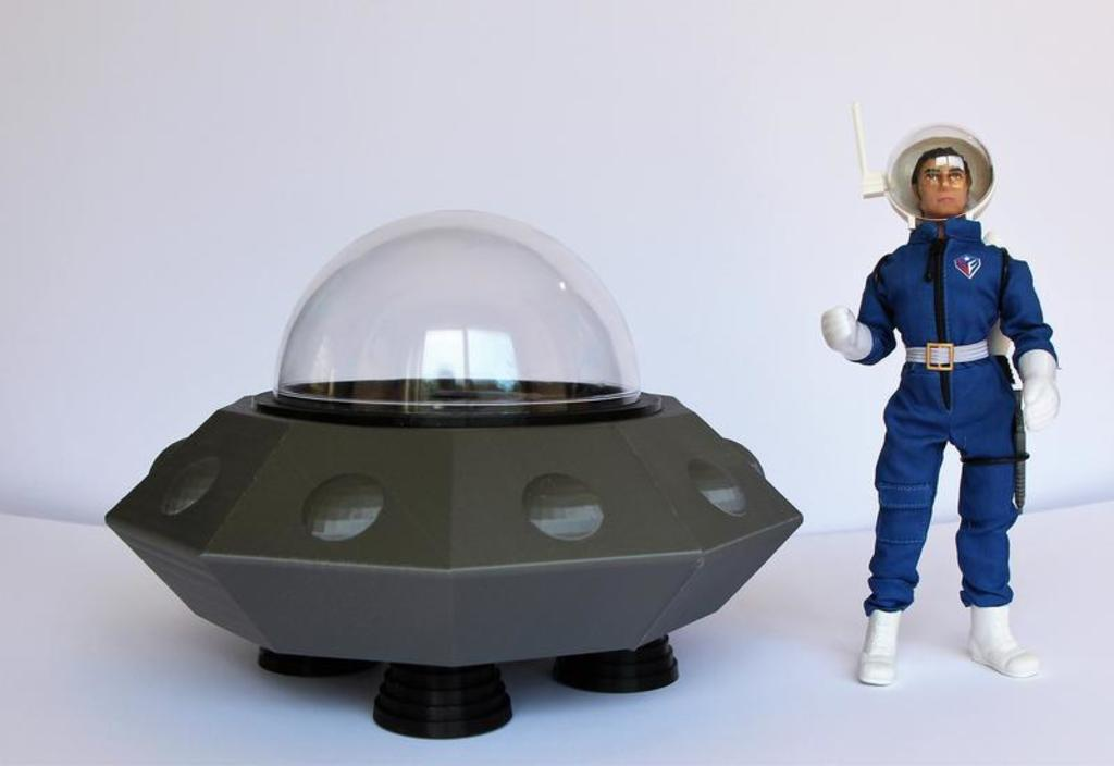 Space Force Flying Saucer and Comander by LaserMego