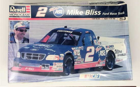 1/24 Scale Mike Bliss Ford Race Truck Revell/Monogram Plastic Model Kit