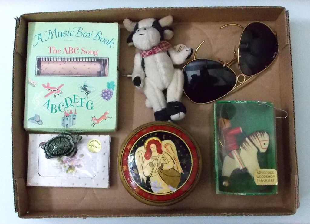 9/18 Estate Collectible,Antiques, & Consignment