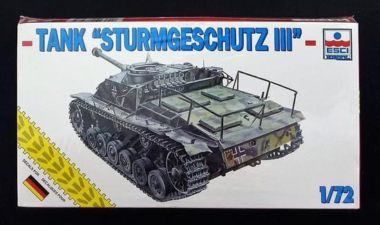 Armor / ESCI 1/72 Scale German Sturmgeschutz III Ausf G. Tank Model Kit