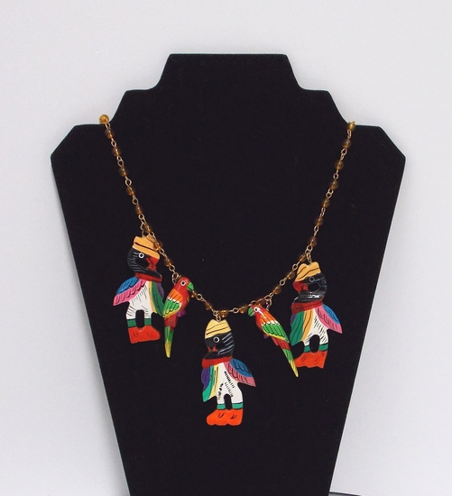 Necklace w/ Wooden Parrots & Beads