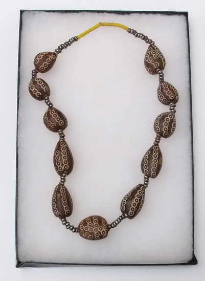 Necklace w/ Large Beads