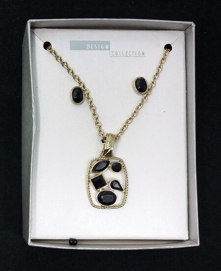 Design Connection Necklace & Earring Set w/ Box