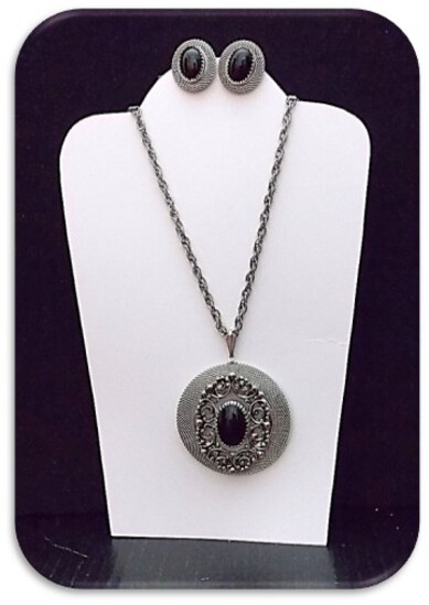 Necklace & Earring set w/ Jasper Stone