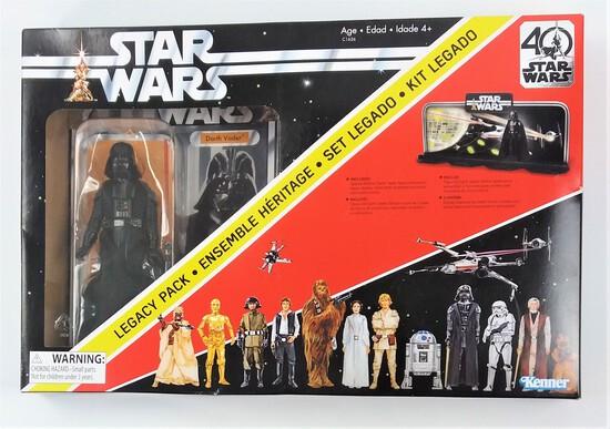 Star Wars 40th Anniversary Darth Vader Legacy Pack w/ Display Diorama