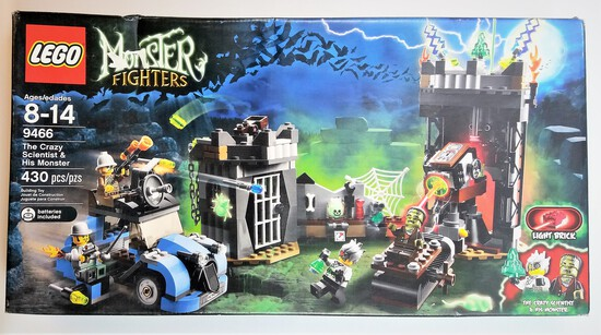 Lego 9466 The Crazy Scientist And His Monster 430 Piece Building Block Set