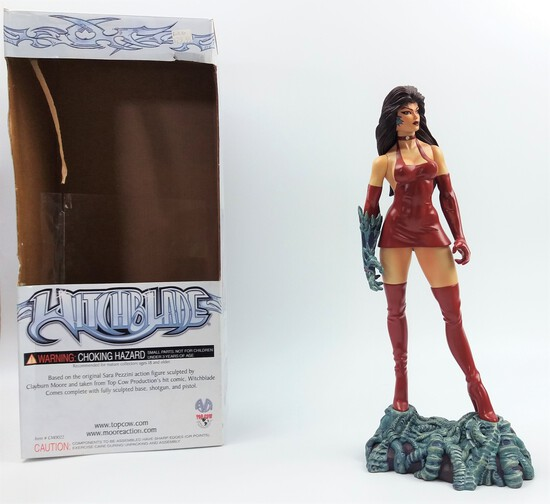 """Witchblade Sara Pezzini in Red Dress Moore Action Collectibles 12"""" Vinyl Statue Figure"""