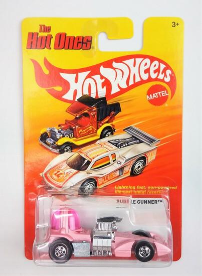 2011 Pink BubbleGunner Hot Wheels The Hot Ones Collectible Diecast Car