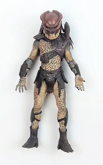 "2010 NECA Predators Masked Berserker Predator 7"" Action Figure"