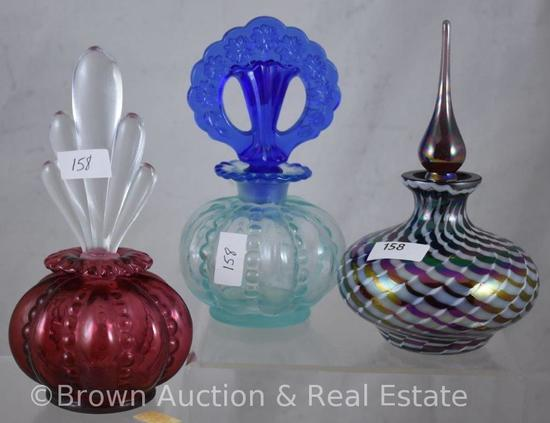 (2) Fenton perfume bottles and (1) Contemporary Art Glass perfume bottle