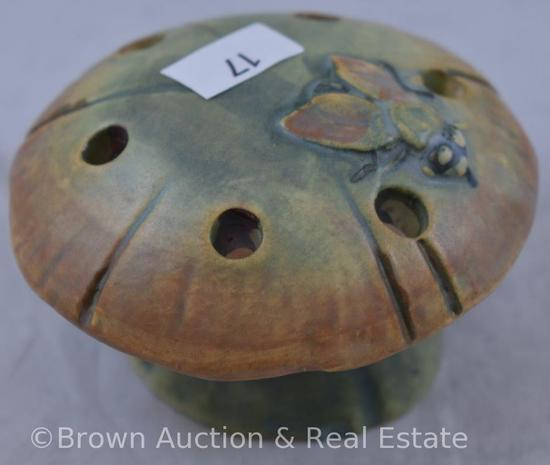 "Weller Muskota Fly on a Mushroom flower frog (.25"" chip on base)"