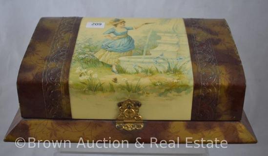 Vintage dresser box with nice scenic lid