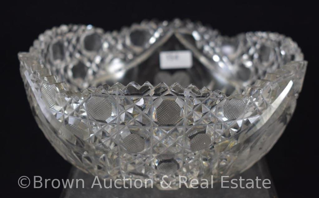 "Cut Glass 8""d x 3.5""h bowl, Intaglio flower and stippled Buttons"